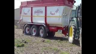 Rimorchio inox selvatico sv14t5 per uva vea mas videos for Selvatico rimorchi agricoli