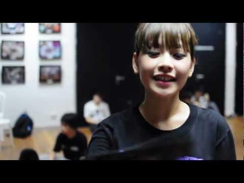 [Move It 2012 - The Final Stage] Chi Pu hăng say tập nhảy trước thềm chung kết Move It