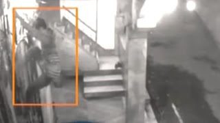 CCTV: Robber loots cash from Temple in Patna