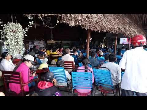Nguoi dan xem truyen hinh truc tiep xet xu 6 nguoi tai cafe Goc Pho.Minh Hung.Chon Thanh