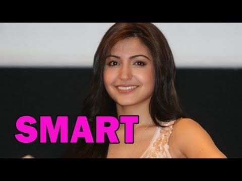 Anushka Sharma tries to CONFUSE media | Bollywood News