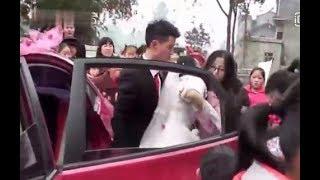 """Chú rể đẩy cô dâu ngã """"sấp mặt"""" ngay trong lễ cưới [Tin mới Người Nổi Tiếng]"""
