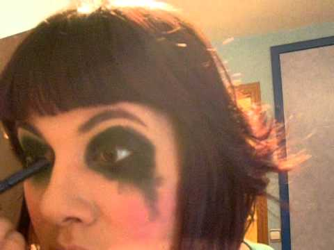 Maquillaje Carnaval.Series Batman:Harley Quinn.wmv