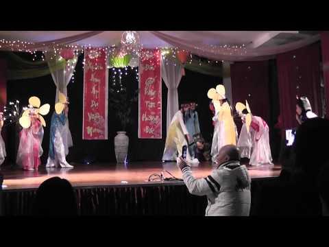 Tet tet tet den roi 2014 - Cac em GDPT Tam Bao Tu