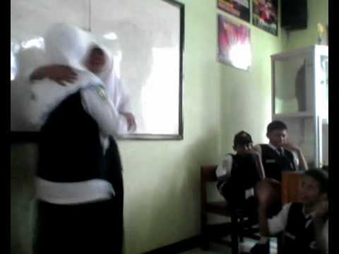 Gayus Tambunan(Artis Spensalu) (7th Class Spensalu 2013-2014 Lumajang Version)