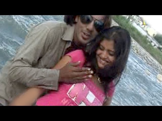 Tera Husan Re Gora Gora - Top Haryanvi Lovers Enjoying Together At River Site