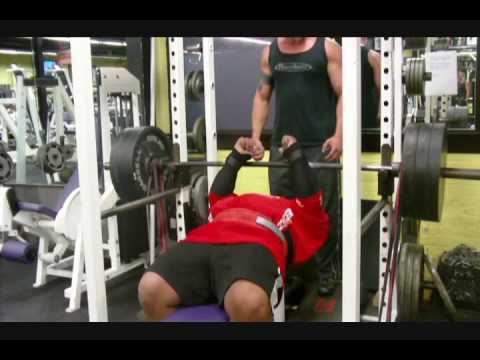 1000 lbs resistance band bench press with glenn russo