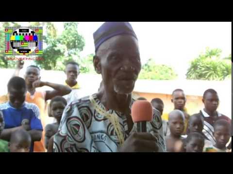 La population d'Akodomé accueille Jean-Pierre Fabre pour un meeting improvisé