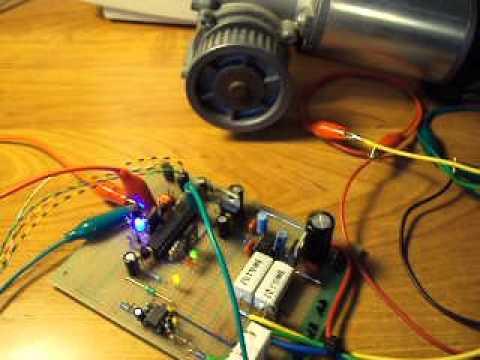 Mikroprocesorowy Kontroler Silnika Prądu Stałego (uC DC Motor Controller)