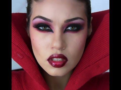 Halloween Sexy Vampire Makeup