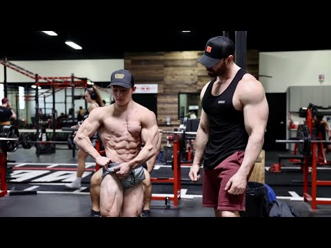 WHATS HIS ACTUAL BDY FAT %? TRAINING BACK AND SHOULDERS W/ TRISTYN LEE