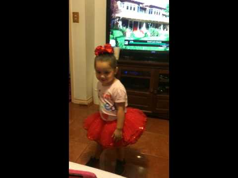 Khloé dancing tutu's and tennis shoes