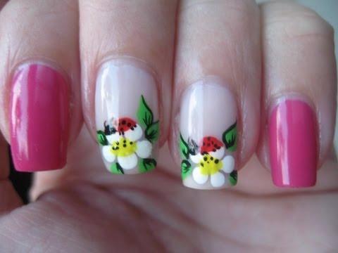 Nail art: Ladybug on flower