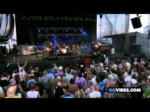 "Gov't Mule performs ""Thorazine Shuffle"" at Gathering of the Vibes Music Festival 2013"