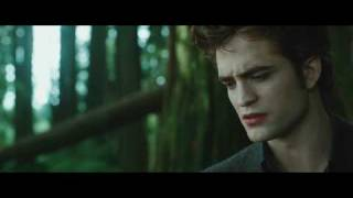 THE TWILIGHT SAGA: NEW MOON Trailer