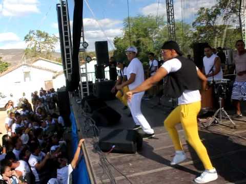 Bomba Baiana - Cavalga do Rubim 2012 - Dança Do Cavalinho