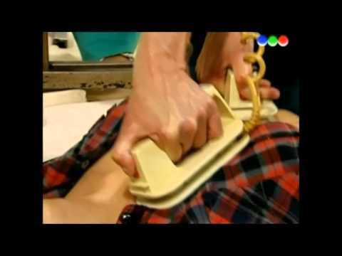 Botineras - CPR and Defibs on woman