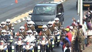 Mandela's funeral cortege passes through Pretoria