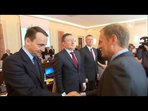 TV jaja -  Sikorski gratuluje Tuskowi, że znalazł się wśród najpotężniejszych ludzi na świecie