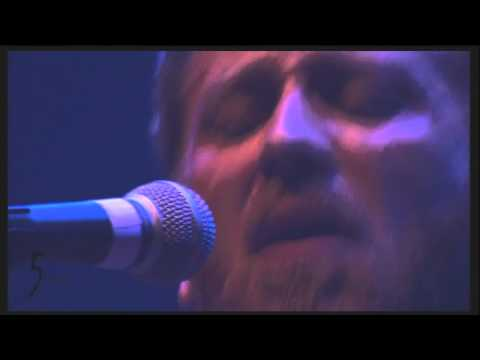 The Black Keys - Chop and Change (Live at Coachella 2011)