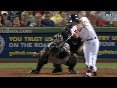 CWS@BOS: Betts rips his first Major League double