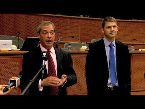 Marine Le Pen rate son pari : Farage présente son nouveau groupe