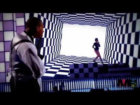 Chris Brown Ft  Rihanna   Live   Wall To Wall   Umbrella HD