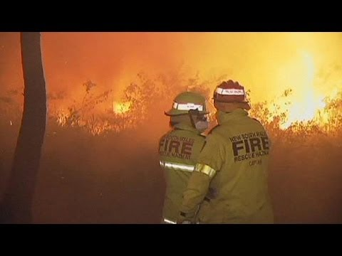 Man dies fighting raging wildfires near Sydney, Australia
