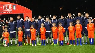 Olanda-Italia: gli Azzurri cantano l'inno di Mameli all'Amsterdam Arena