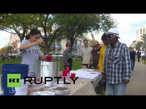 USA: Free meals offered after government slashes food stamps budget