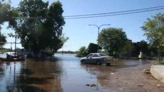Fotos Inundacion Rio Uruguay A 8,20cm. Diciembre 2009.wmv