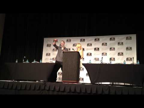 Chris Hemsworth Talks About Thor vs. Hulk in Avengers Movie, Philly Comic Con 2012