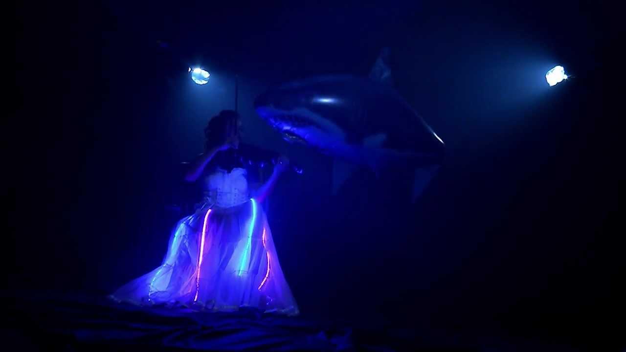 maxresdefault jpgVampire Squid Glowing