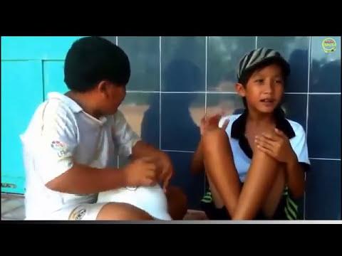 2 đứa bé hát nhạc chế cực hay!