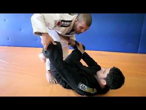 GRACIEMAG.com: Rodolfo Vieira ensina passagem de guarda