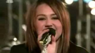 Miley Cyrus - Rockin' Around The Christmas Tree (live)