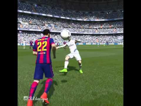 Dani Alves đánh nguội Ronaldo ngay trên sân