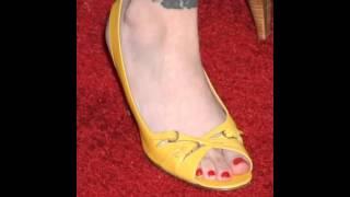 Alyssa Milano Feet & Legs (Close-Up)