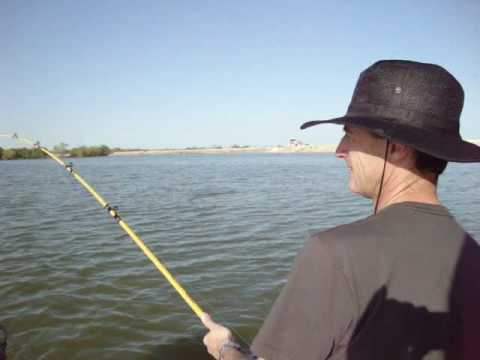 Fishing braunig lake redfish march 29th 2010 youtube for Calaveras lake fishing guides