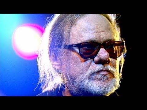 Ramones drummer and founding member Tommy Ramone dies aged 65
