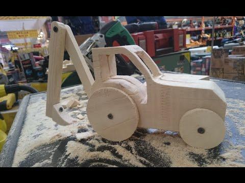 Трактор деревянный своими руками