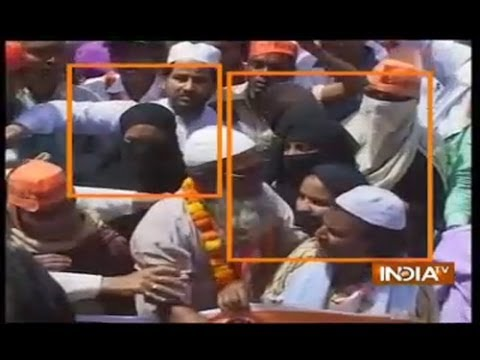 Muslim community also support modi in Varanasi rally