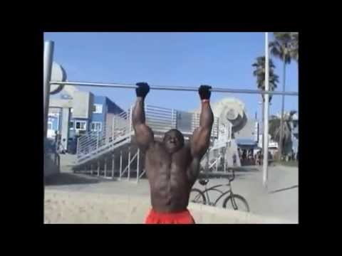 12 Muscle ups @ 240 LBS (KALI MUSCLE)
