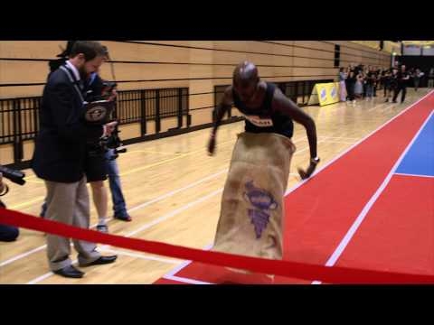 Mo Farah Sets World Record...in 100m sack race!