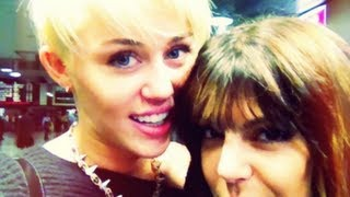 Miley Cyrus Kisses A Girl In NYC!