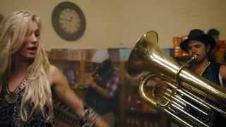 ������� ���� Major Lazer feat. Elliphant & Jovi Rockwell - Too Original