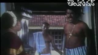 Babu Mohan found Kota s dress at his Keeps house Comedy