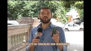 Estudantes do Insitituto de Educa��o reclamam de inseguran�a na porta da escola