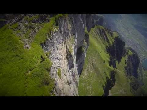 JEB CORLISS Returns to the Crack