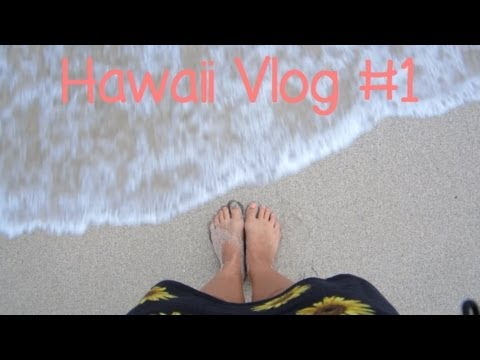 Hawaii Vlog #1: Arriving, Hotel/Room Tour, & Walmart Adventure
